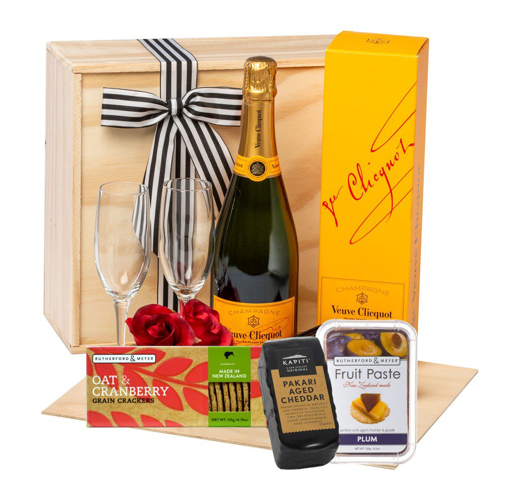 Champagne & Cheese Gift Hamper